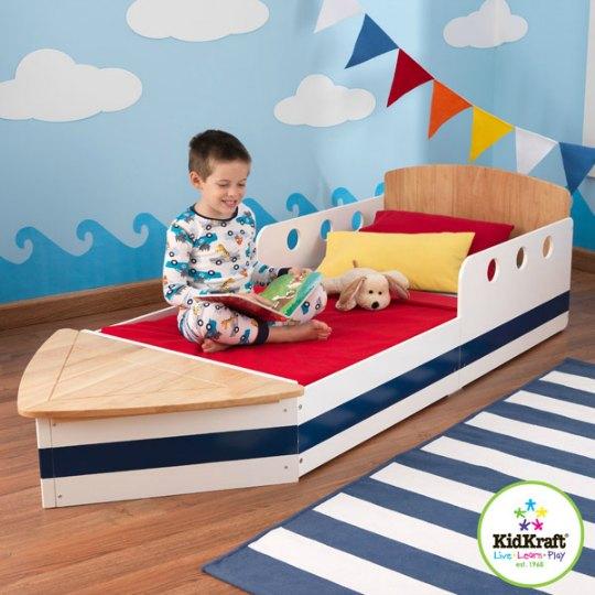 cama infantil con forma de barco habitaciones tematicas