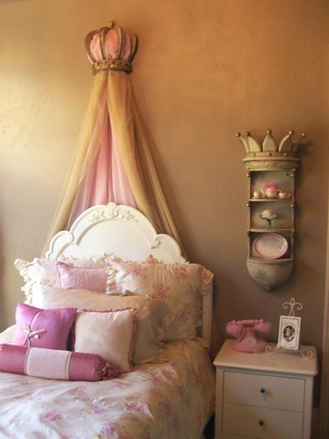 Decoración habitación juvenil princesas