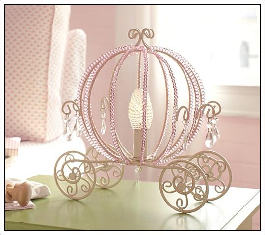 Lámpara con diseño de Carroza de Cenicienta