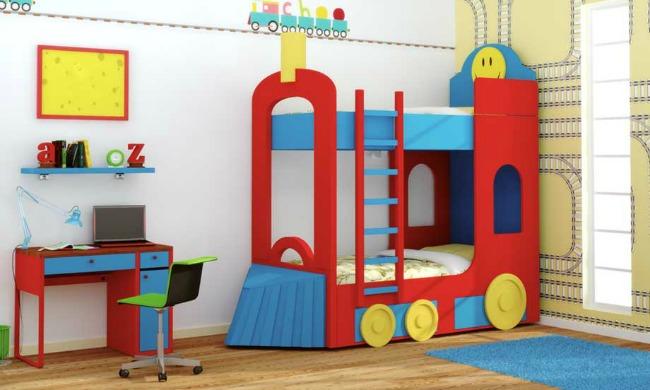 Litera infantil temática con diseño de Tren